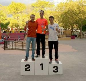 Genoves-volta-a-peu-podium