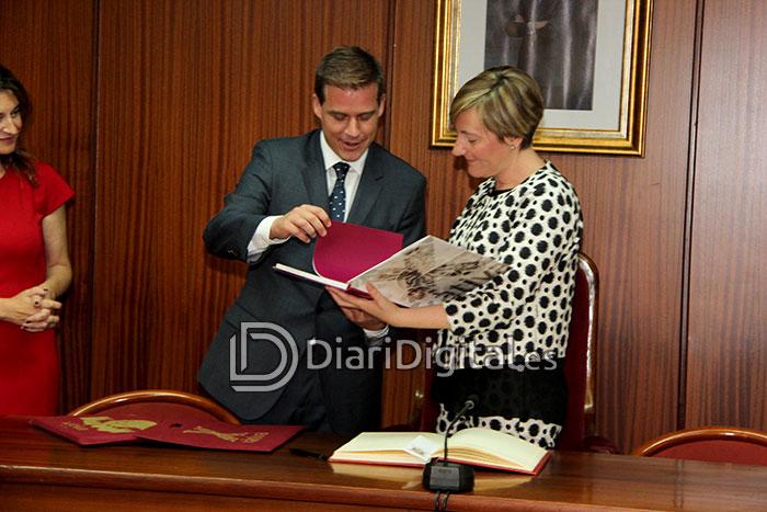 diaridigital.es-visita-consellera-05