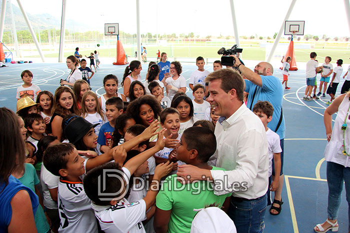 diaridigital.es-visita-escola-estiu-2