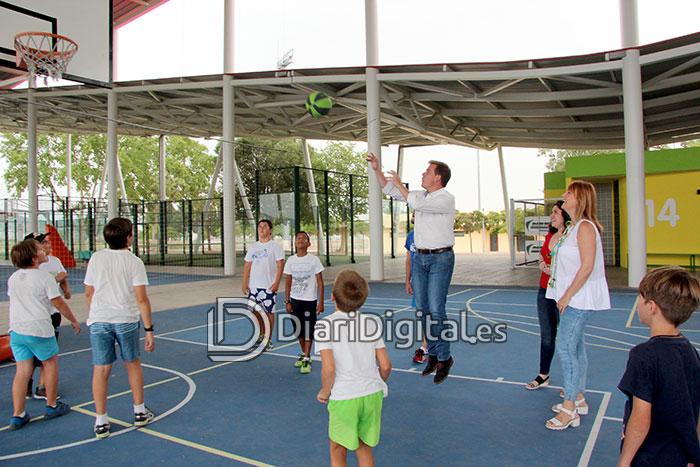 diaridigital.es-visita-escola-estiu-4