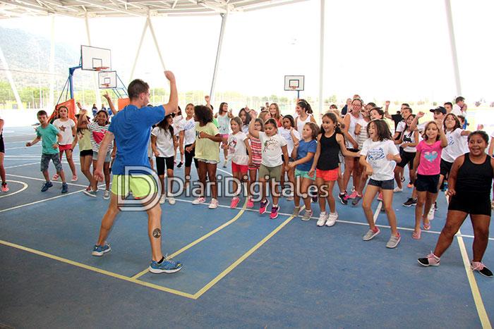 diaridigital.es-visita-escola-estiu-5