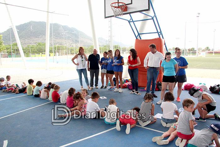 diaridigital.es-visita-escola-estiu-6