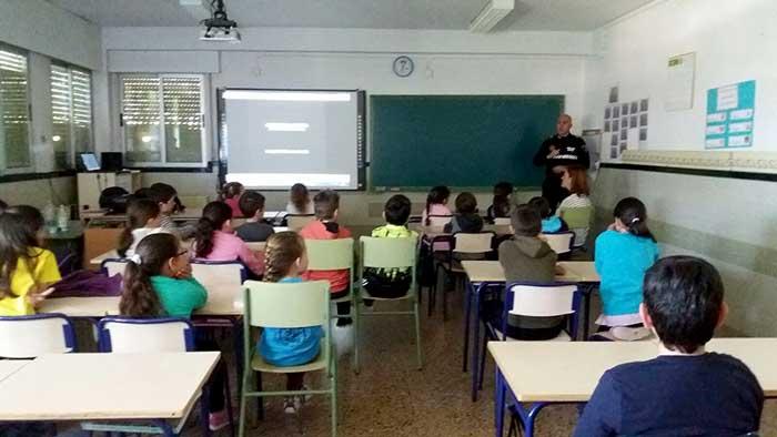 charla-alumnes-moixent2-diaridigital.es