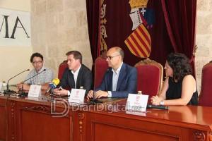 firma-convenio-universidad-1-diaridigital.es