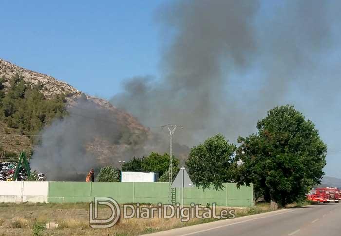 incendio-desguace-01